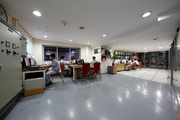 Phòng điều khiển trung tâm